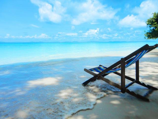 <奥南出发【甲米 皮皮岛+竹子岛 快艇一日游】>洁白的沙滩 碧蓝的海水 炙手可热的度假胜地