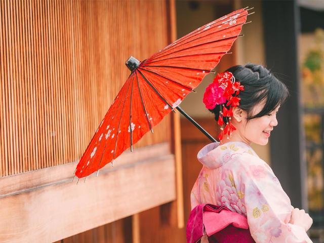 <日本京都梦馆和服租赁体验>【正宗地道日式服务+专业着装造型师+多种款式每月上新】