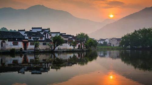 黄山-宏村-西递-老街双飞4日游