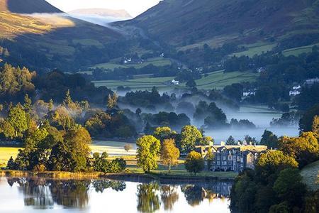 <苏格兰2晚3日循环游>爱丁堡出发,终点伦敦、湖区国家公园,莎士比亚故居(当地游)