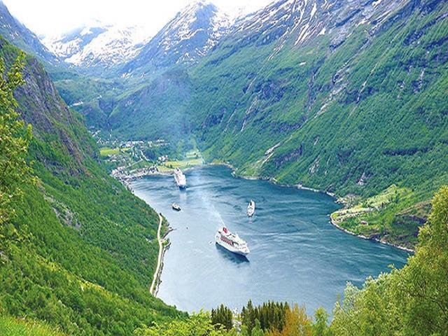 <挪威丹麦瑞典3-7日循环游>斯德哥尔摩集散、铁定发团、松恩峡湾、冰川(当地游)