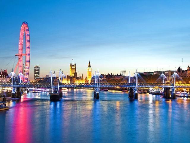 <法英盧德8晚9日巴士循環游>巴黎往返,大本鐘、湖區、漢斯、香檳之路、盧森堡、大峽谷、約克、大教堂(當地游)