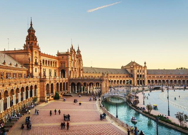 <西班牙 塞哥维亚+托莱多+阿维拉 一日游(马德里出发+含托莱多大教堂门票)>