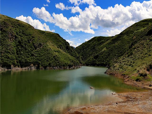 <新疆江布拉克景区门票>圣水之源绿洲文化之一江布拉克景区位于奇台县半截沟镇,距离奇台县45公里