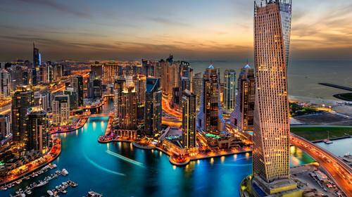 <【高端推荐】阿联酋迪拜阿布扎比7天5晚高端全景深度游>入住55678星酒店并赠送其豪华特色餐,体验海陆空特色项目,一价全含,全国出发(当地参团)