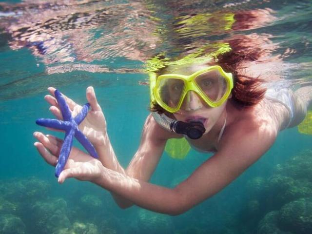 <巴厘岛4晚5日自在畅游>贝尼达岛浮潜+蓝梦岛爱情桥+双岛出海+海天一色泳池+乌布刺激漂流+全程入住当五酒店