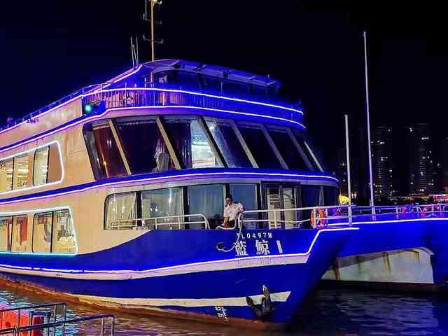 """<澳门国际烟花比赛汇演 海上烟花游船含豪华自助晚餐>""""人间烟火""""视觉与味蕾的特别体验"""