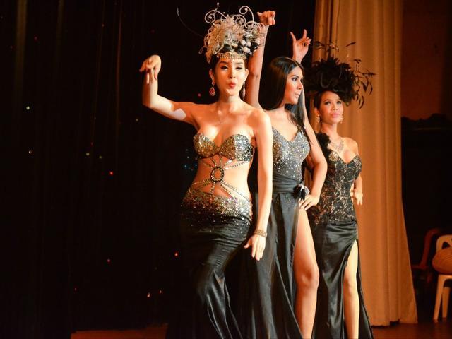 < 曼谷克里普索人妖秀 > 曼谷三大人妖秀之一,Calypso表演始创于1988年
