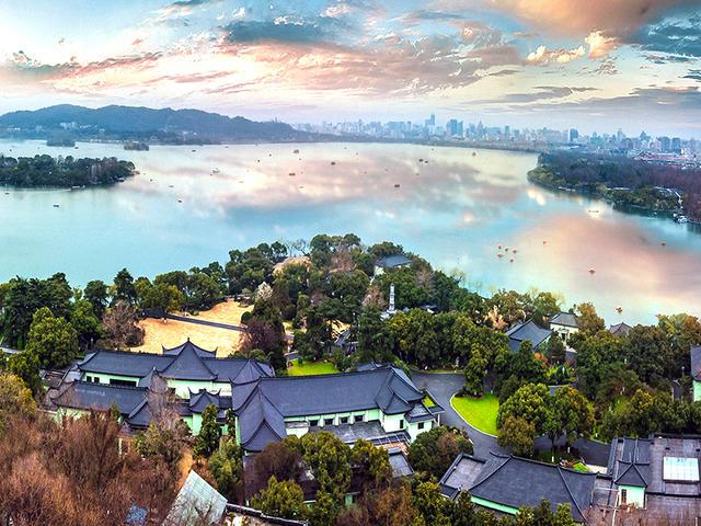 <杭州西湖游船+花港觀魚+西溪濕地1日游>上海出發|觀西湖十景之三潭映月 斷橋殘雪